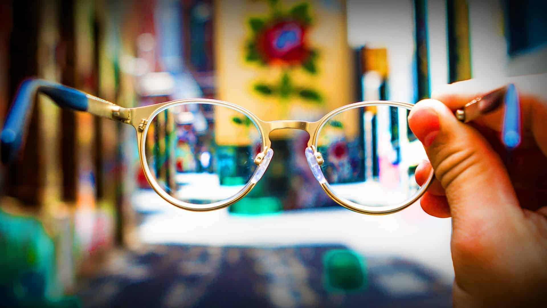 How to Heal Your Poor Eyesight in a Natural Way